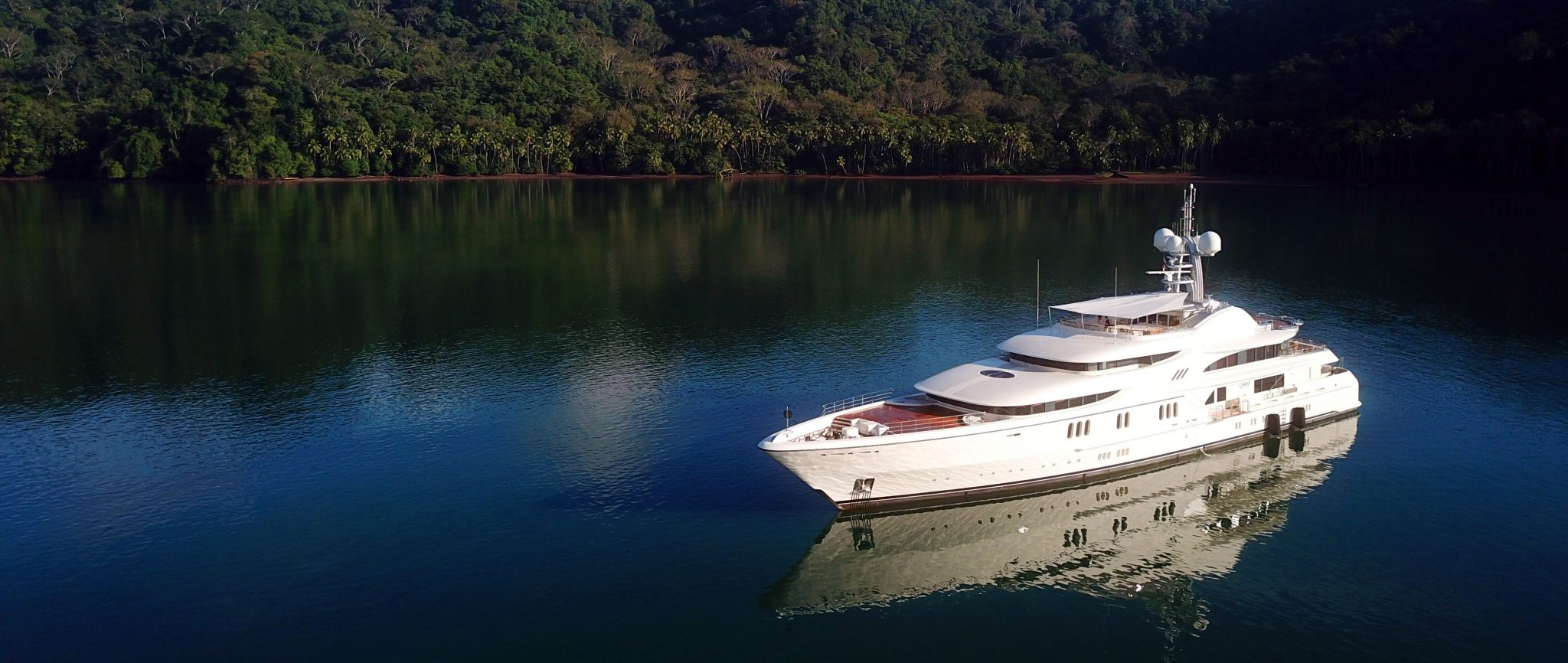 luxury-yacht-for-sale